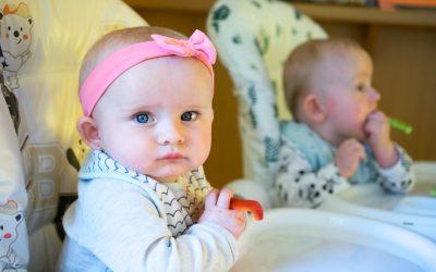 Baby-led weaning (BLW) a jak to vidí věda